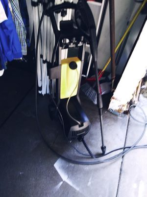 Like new pressure washer for Sale in Azusa, CA
