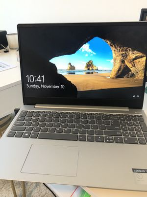 """Lenovo - IdeaPad 330S 15.6"""" Laptop - Intel Core i5 - 8GB Memory - 128GB Solid State Drive - Platinum Gray for Sale in Austin, TX"""