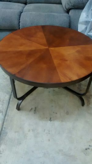 Coffee tables w/2 end tables for Sale in US