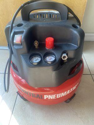 Compressor! 6-Gallon! $100! Only used 2 times / lo use nomas 2 veces! Good Condition! for Sale in El Monte, CA