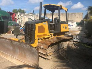 2012 John Deere dozer for sale and equipment service if needed for Sale in Miami, FL