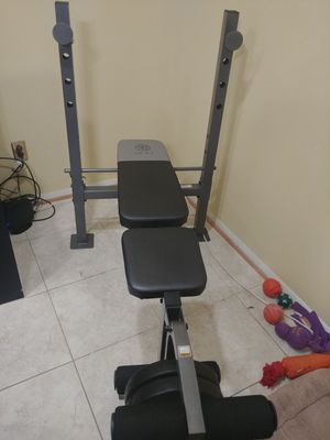 Golds Gym weight bench set moving asap for Sale in Alexandria, VA
