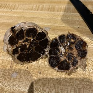 Organic Black garlic for Sale in Darlington, MD