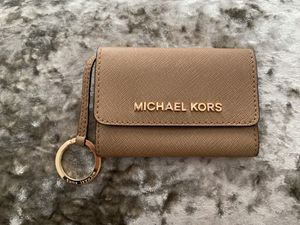 MK Small Wallet <USED> for Sale in Los Angeles, CA
