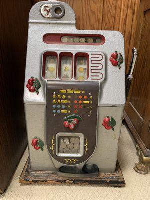 Antique Mills 5 cent slot machine for Sale in Peoria, IL