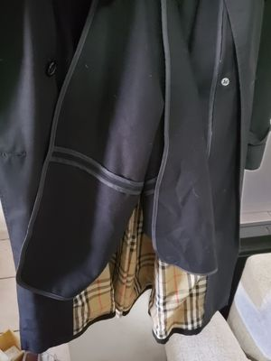 Burberry Black Coat for Sale in North Miami Beach, FL