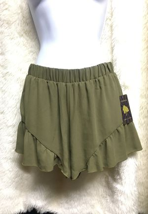 Olive green high waisted shorts for Sale in Alhambra, CA