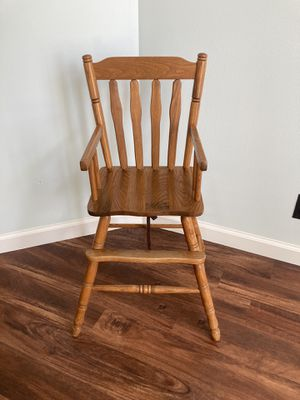 Vintage Wood Carved High Chair -UT for Sale in Springville, UT
