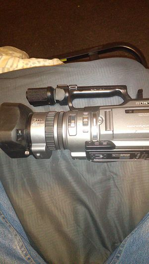 DCR- VX2000 NTSC for Sale in Los Angeles, CA