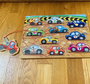 Wooden Puzzle, Tow Truck with Magnet to Pickup 10 Cars, excellent condition for Sale in Beaverton, OR