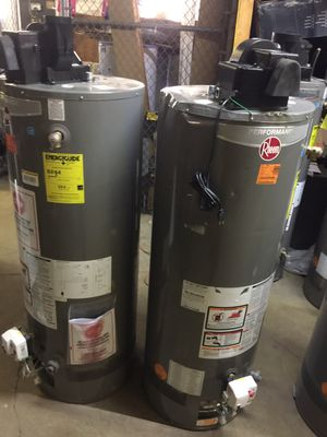 Scratch n dent power vent water heaters for Sale in Cleveland, OH
