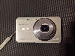 Sony DSC-W650 16 Megapixel 5x Optical Zoom Digital Camera for Sale in Pembroke Pines, FL