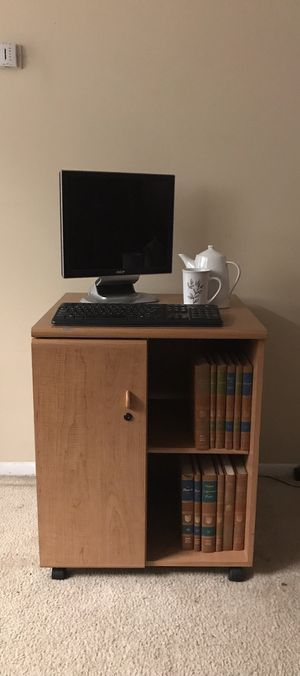 PORTABLE COMPUTER DESK! $20 for Sale in Jacksonville, FL
