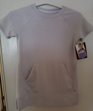 Avia NWT girls top gray silver med for Sale in Newport News, VA