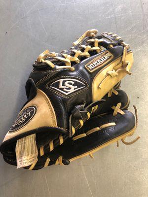 "Louisville slugger Omaha series Flare 11.5"" baseball glove for Sale in Renton, WA"
