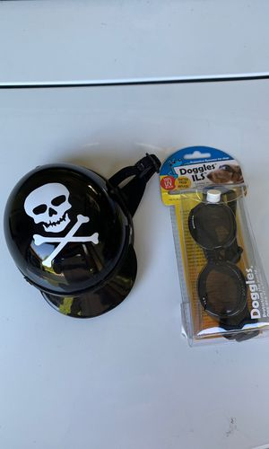 Doggies black frame smoke lens and motorcycle helmet for god and cat XS for Sale in Redmond, WA