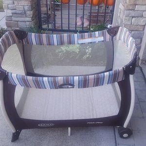 Baby Play Pan With Great Condition for Sale in Byron, CA