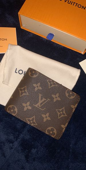 LOUIS VUITTON MONOGRAM WALLET for Sale in Sacramento, CA