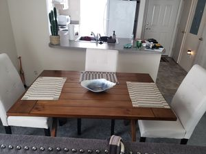 Dining table plus chairs for Sale in Columbus, OH