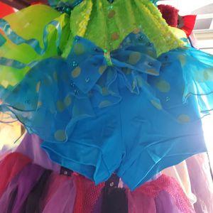 Dance Costumes Size 5 Little Girls for Sale in La Habra, CA