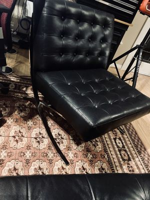 Barcelona chair and large ottoman for Sale in Clearwater, FL