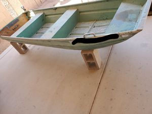 12 ft aluminum boat, have papers but not up to date for Sale in Snowflake, AZ