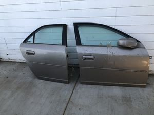 FREE!! 03 Cadillac CTS Doors for Sale in Colton, CA