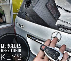 Mercedes Benz Key Fob Remote for Sale in Irvine,  CA