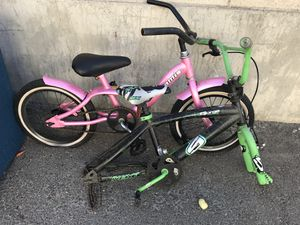 FREE miss daisy and green bike. For parts for Sale in Anaheim, CA