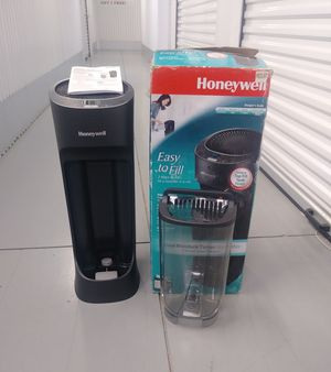 HONEYWELL Cool Moisture Tower Humidifier HEV620B for Sale in Sugar Land, TX