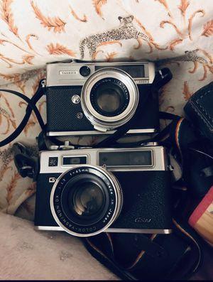 Vintage Yashica Film cameras for Sale in El Monte, CA
