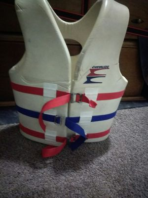 Evinrude ski life vest for Sale in Warren, MI