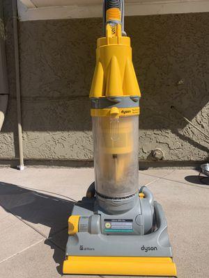 Dyson vacuum (needs small repair) for Sale in Fullerton, CA