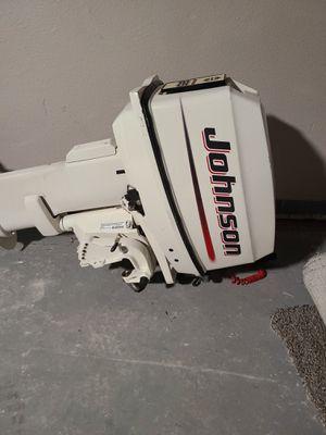 02 Johnson bombardier 25 HP outboard motor for Sale in Kent, WA