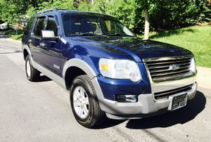 Only $3800 ! 2006 Ford Explorer 4x4 cold AC for Sale in Kensington, MD