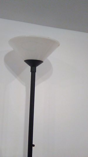 Black Thick Metal Floor Lamp uses 2 bulbs for Sale in Hollywood, FL