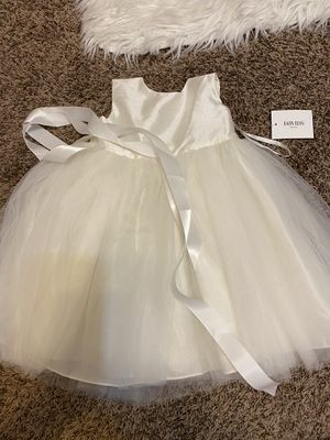Flower girl dress 24 month for Sale in San Antonio, TX