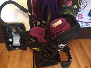 Car seat set for Sale in Addison, IL