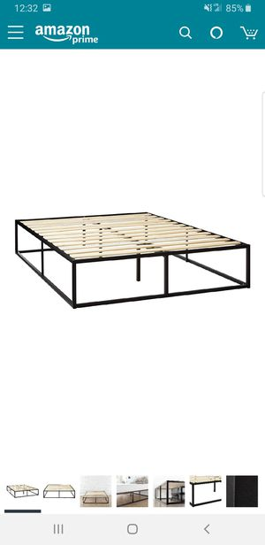 Queen size 14in platform bed frame. BRAND NEW. CAN DELIVER for Sale in Euclid, OH