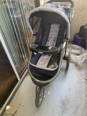 Graco jogger stroller for Sale in Burbank, CA