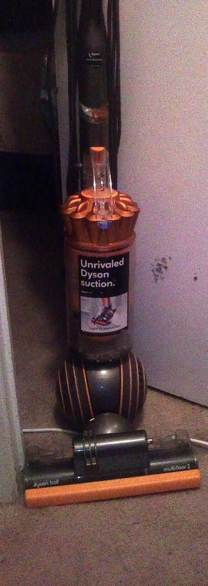 DYSON BALL VACUUM for Sale in Campbell, CA