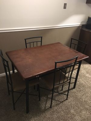 Dining room table set for Sale in Wichita, KS