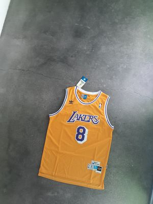 THROWBACK KOBE BRYANT L.A LAKERS THROWBACK JERSEY #8 for Sale in Phoenix, AZ