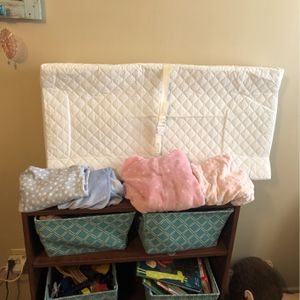 Contoured Changing Table Pad & 4 Covers for Sale in Carefree, AZ