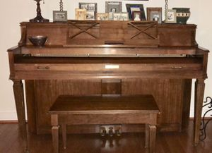 Baldwin Upright Piano for Sale in Kensington, MD