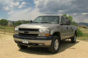 2002 Chevy Silverado 2500hd front for Sale in US