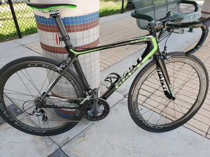 2014 GIANT TCR ADVANCED SL 4 ROAD BIKE 54cm for Sale in Hollywood, FL