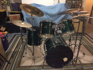Yamaha stage custom drum set w/ symbols for Sale in Tinton Falls, NJ