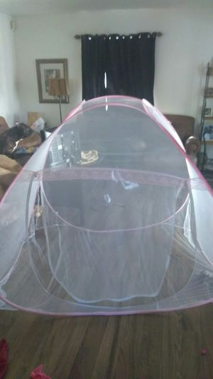 Mosquito mesh tent pop up for Sale in Davis, CA