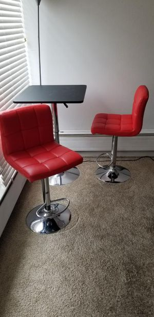 Adjustable table with 2 leather stools for Sale in Lincolnwood, IL